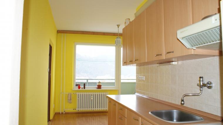 2-izbový byt s pekným výhľadom, ul.Bystrická cesta