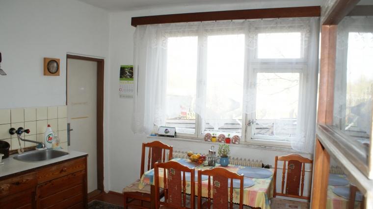 Rodinný dom s veľmi peknou záhradou, ul.Plavisko
