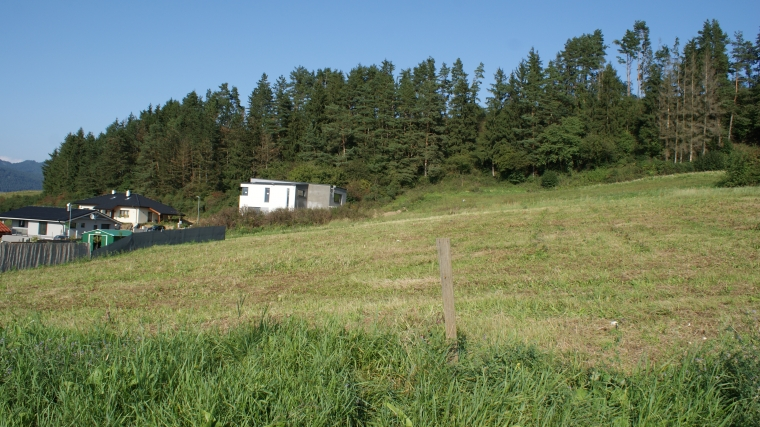 Slnečný stavebný pozemok o výmere 775m2, Štiavnička pri Ružomberku