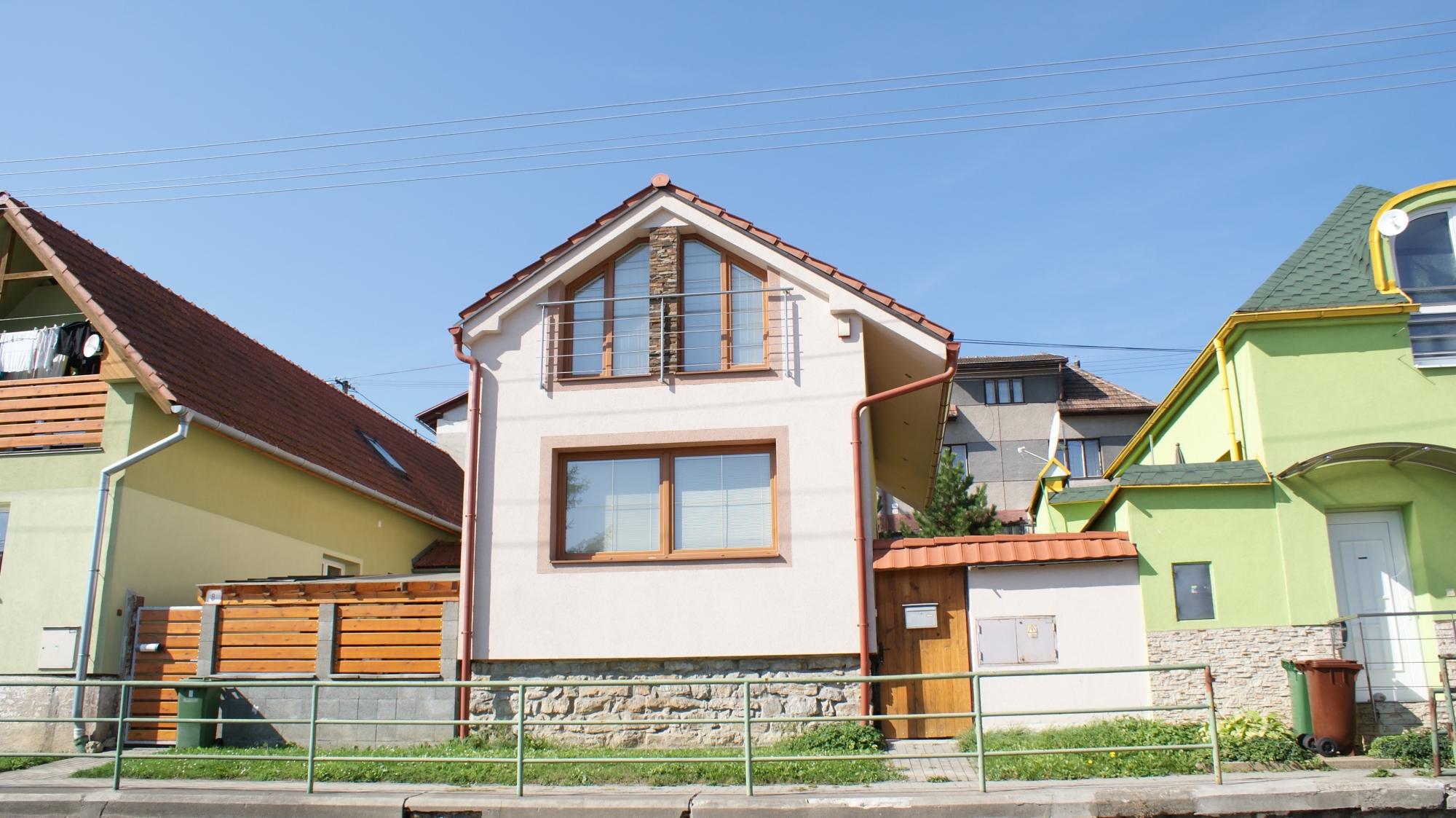 Zrekonštruovaný rodinný dom, ul.K.Sidora