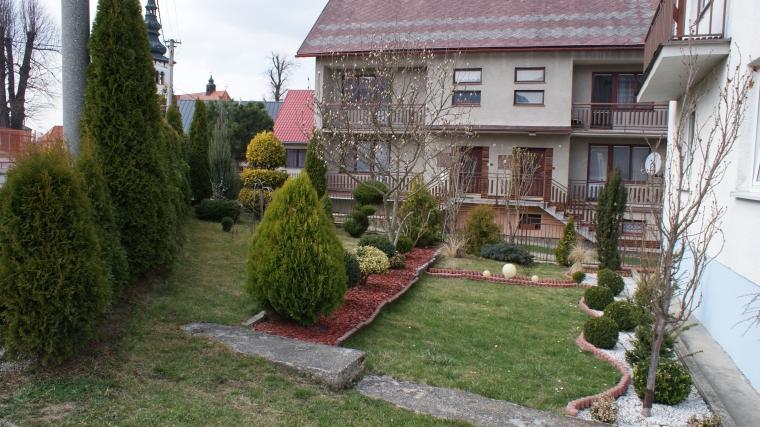 Dvojgeneračný rodinný dom s krásnym pozemkom, Liptovské Sliače