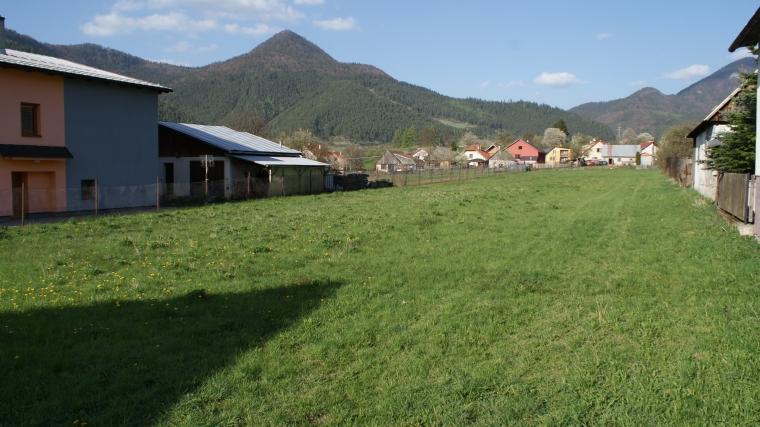 Predaj slnečného stavebného pozemku, Hubová