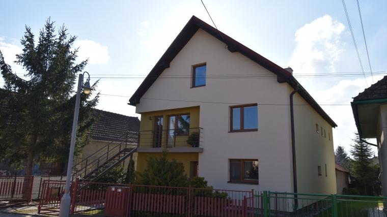 Zrekonštruovaný rodinný dom s peknou záhradou, Lisková