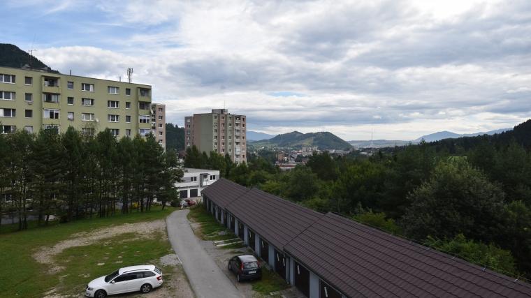 2-izbový byt s pekným výhľadom, ul.Lesná