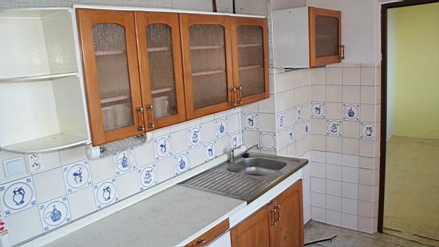 3-izbový byt v pôvodnom stave, ul.Žilinská cesta