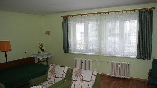 Nadrozmerný 1-izbový byt, ul.Bystrická cesta