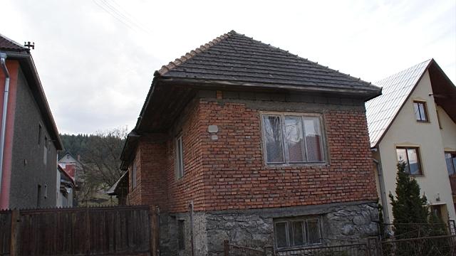 Rodinný dom v pôvodnom stave, Komjatná