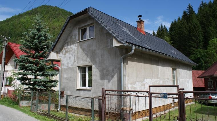 Rodinný dom po čiastočnej rekonštrukcii - Liptovské Revúce