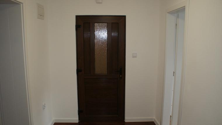 2-izbový byt po kompletnej rekonštrukcii so zariadením, ul.Bystrická cesta