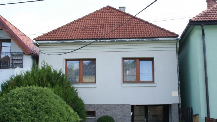 Dvojgeneračný rodinnný dom so záhradou, Likavka
